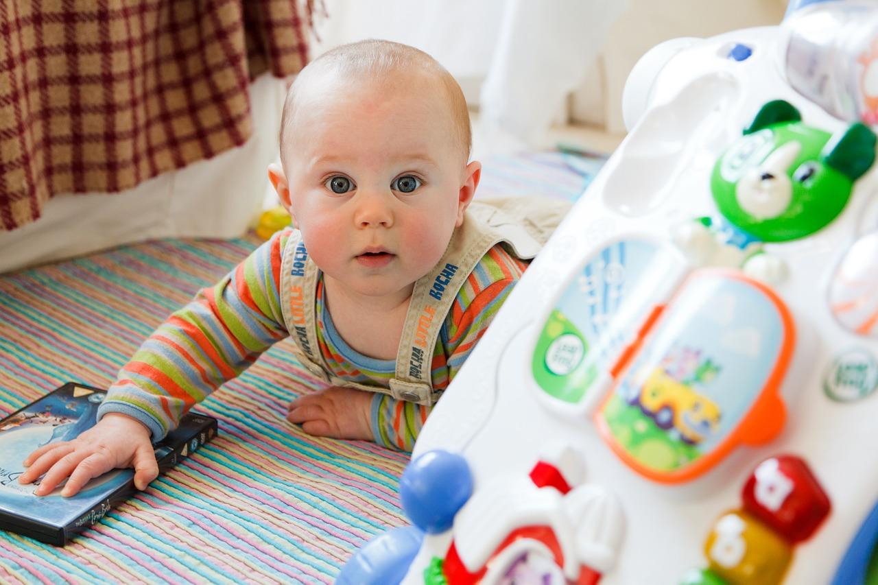 Activité pour les bébés de 6 à 12 mois